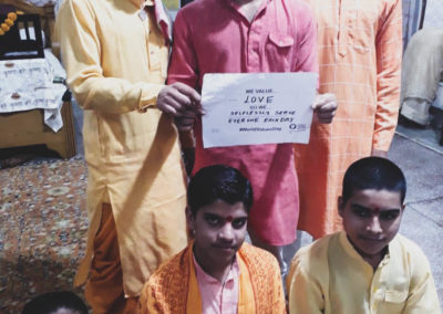 Students who do voluntary work at an ashram